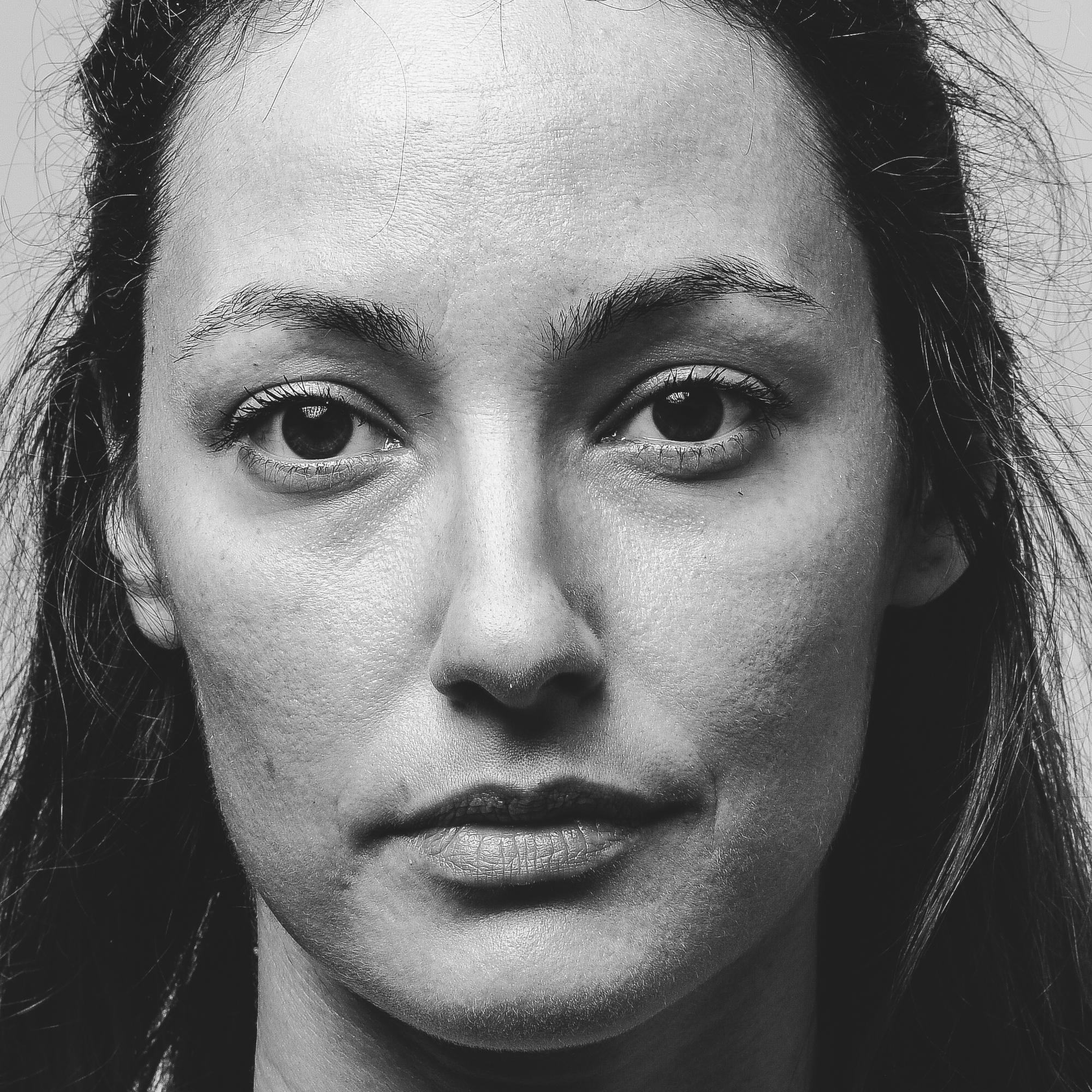 Raluca Aprodu – performance