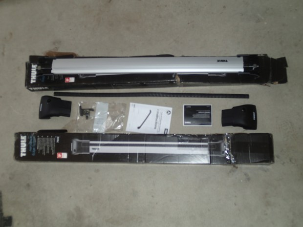Unboxing one Thule AeroBlade Edge cross bar