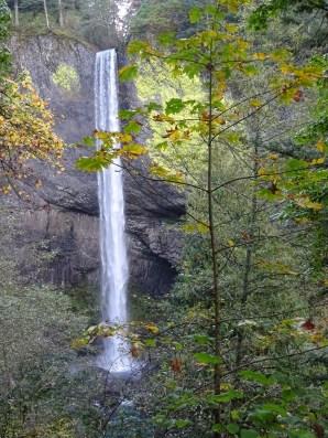The elegant Latourell Falls