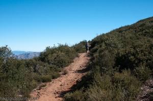 Heading south on the PCT towards Garnet Peak
