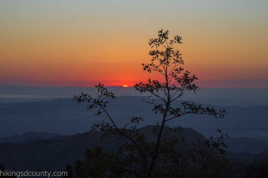 Beginning of sunrise at Desert View Picnic Area