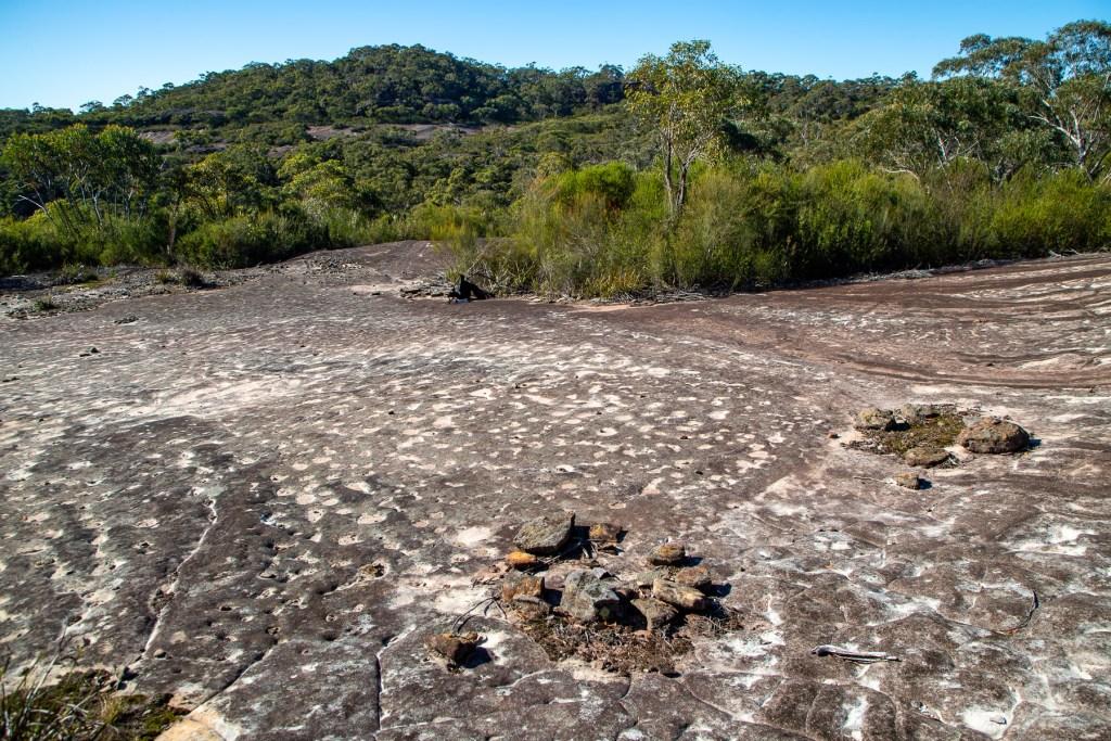 AWAT7584 LR Mount Murray Anderson Aboriginal engraving sites