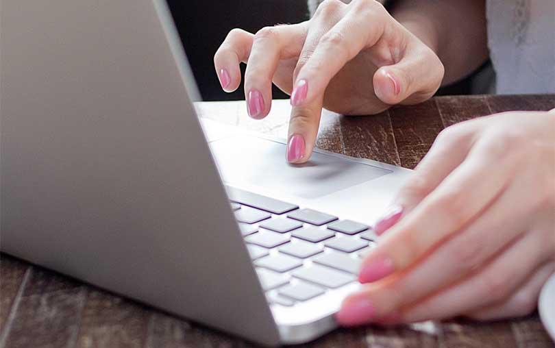 Mac de kısayol kullanarak kullanıcı kitaplığına erişin