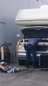 blog_victor repairing RV