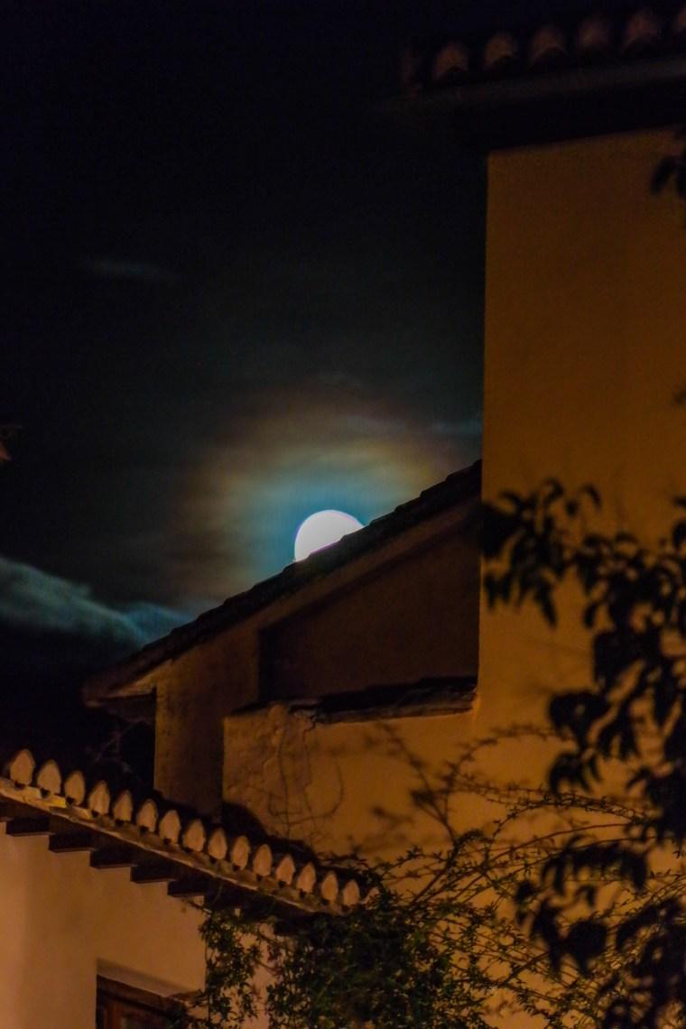 #moonoveralhambra