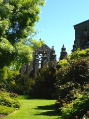 View of the Abbey from the Queen's gardens