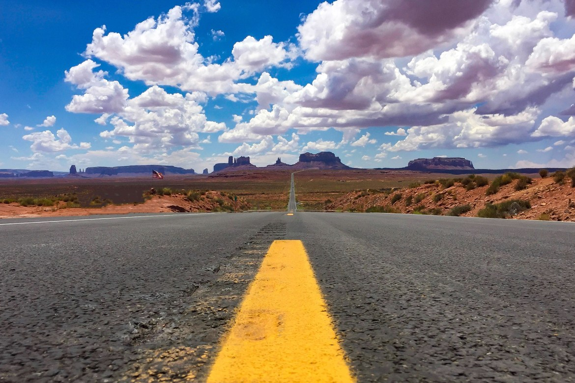 Monument Valley Utah #monumentvalley #forestgump