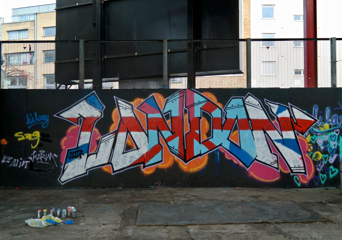 Things to do in London with Kids #streetart #shoreditch