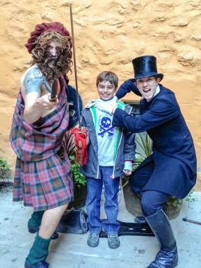 Ghost Tour Edinburgh Scotland #familytravel
