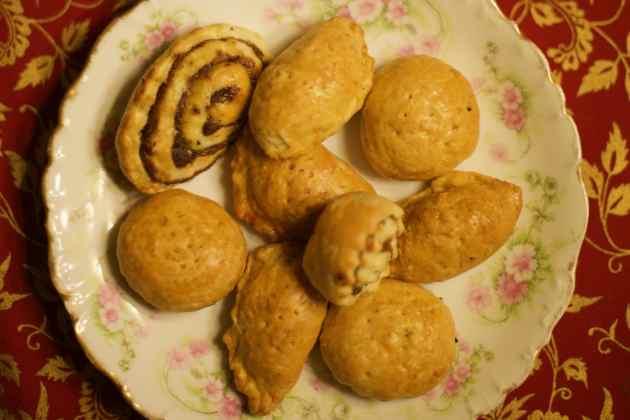 Assyrian Holiday Cookies (Kileche/Kleicha)