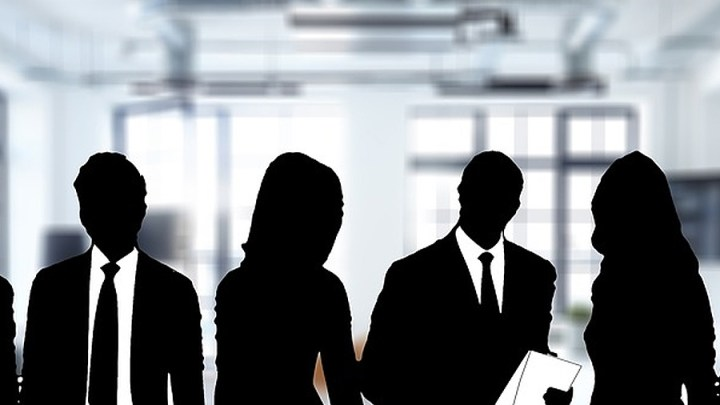 Managergehälter gefährden sozialen Frieden