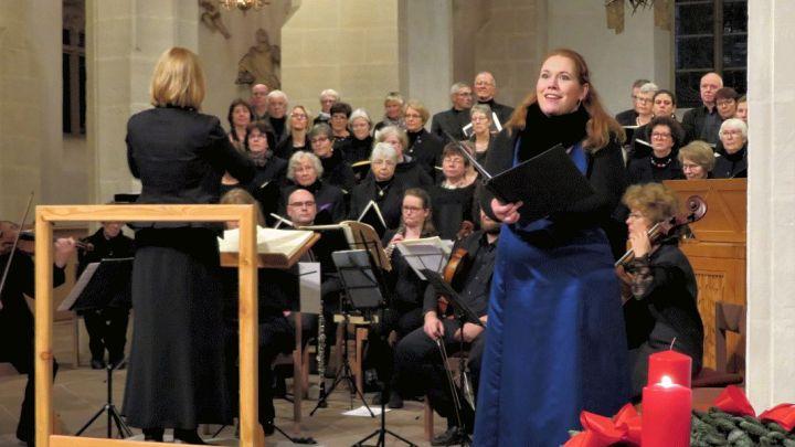 Ein rundum gelungener Abend – Adventskonzert der Kreiskantorei begeistert 180 Zuhörer in Alfeld