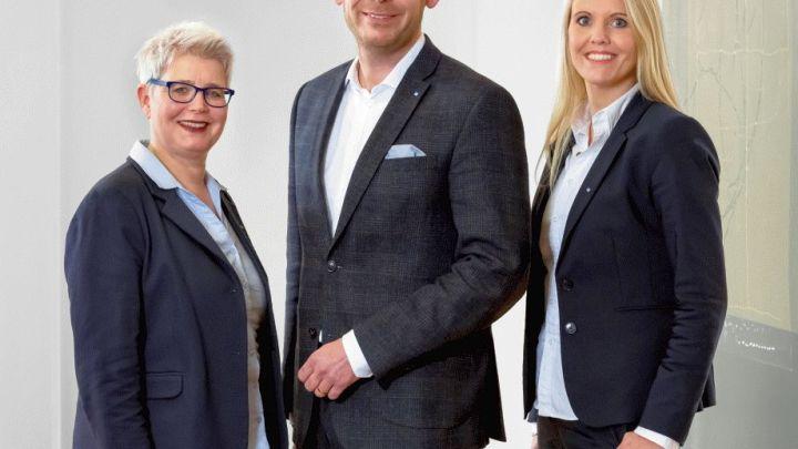 Volksbank Hildesheimer Börde: Kirsten Harder und Anja Koch unterstützen Niederlassungsleiter Marcus Hölzler