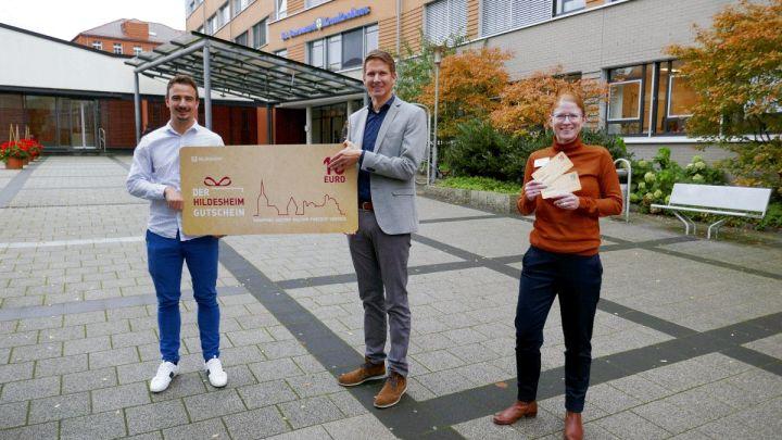 Statt Weihnachtsfeier gibt es für 43.750 Euro Hildesheim-Gutscheine