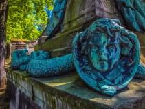 Creepy serpent children - Pere Lachaise cemetery