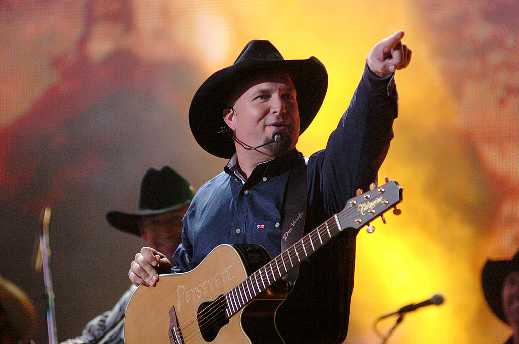 Garth Brooks to perform for Joe Biden