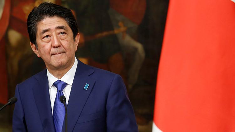 Escándalo 'escolar' amenaza al primer ministro de Japón