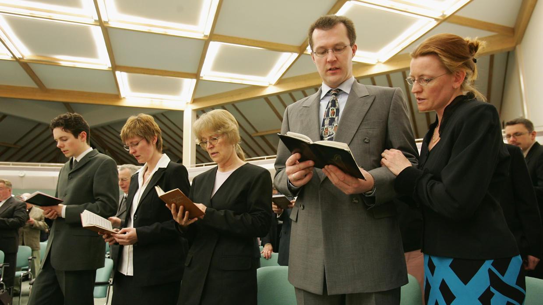¿Por qué Rusia suspende la actividad de los Testigos de Jehová?