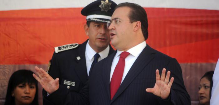 Buscan llevar a Javier Duarte ante la Corte Penal Internacional