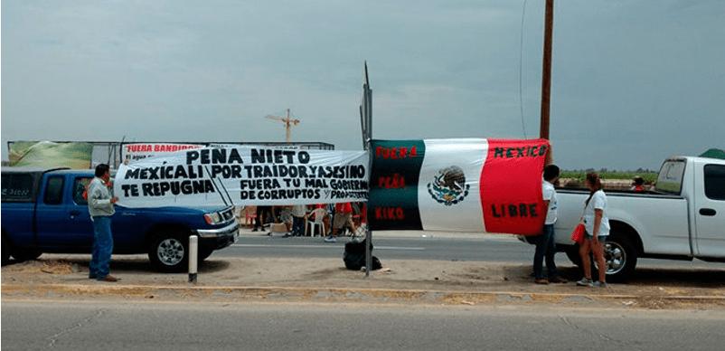 Abuchean a Peña en Mexicali; le exigen cancelar la cervecera de EU