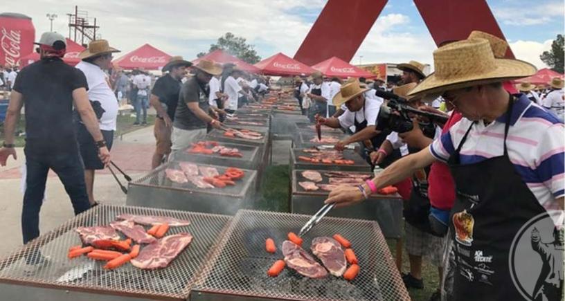 Ciudad Juárez impone récord Guinness en carne asada (FOTOS)