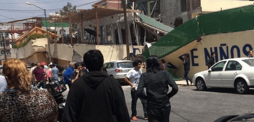 Mueren 22 niños y 8 adultos en escuela derrumbada en CDMX