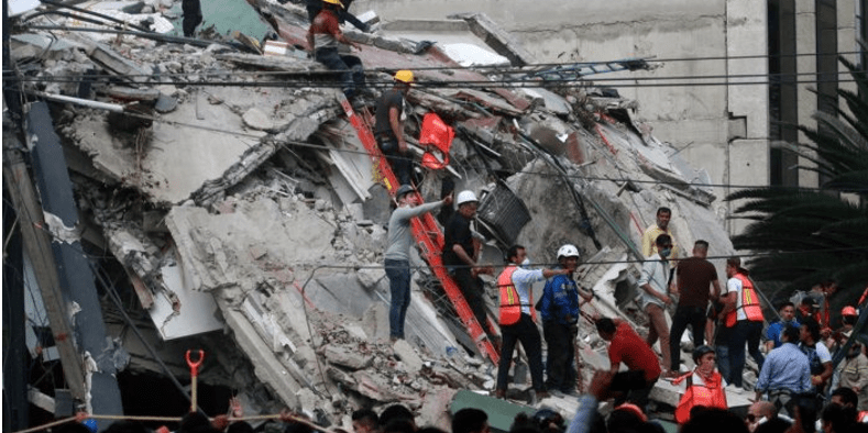 """El sismo fue un doblamiento """"casi vertical"""" de la Placa de Cocos"""