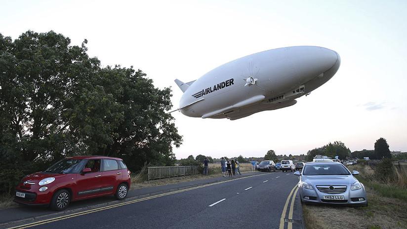 Se estrella el dirigible más grande del mundo