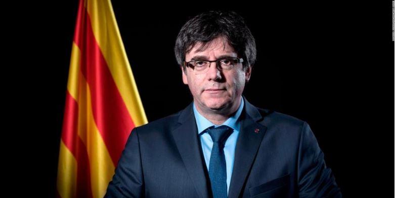 Convoca Puigdemont a cumbre independentista