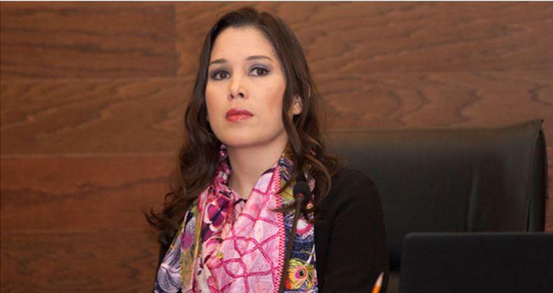 Tras el escándalo, renuncia comisionada del INAI que va de candidata del PRI