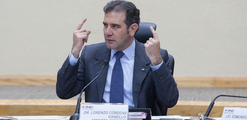 """""""No vamos a permitir que se agravie"""" al INE, advierte Lorenzo Córdova"""