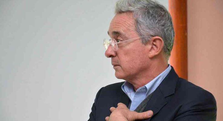 Divulgan nexos de Álvaro Uribe con el narco