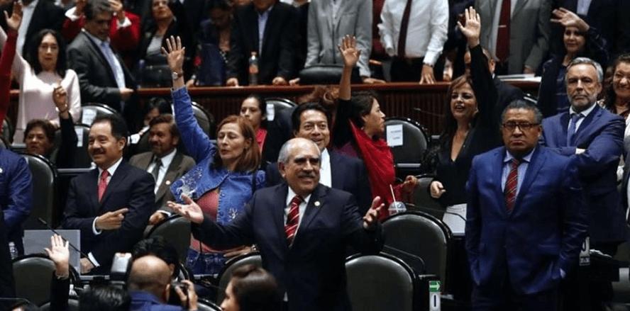Diputados aprueban la creación de superdelegados y de la SSP