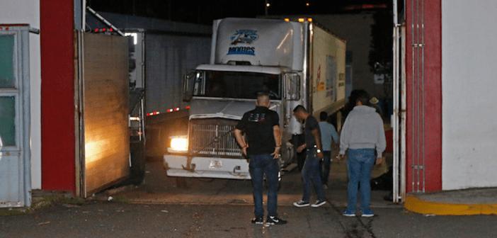 Corren al procurador de Jalisco tras escándalo de tráilers con cuerpos