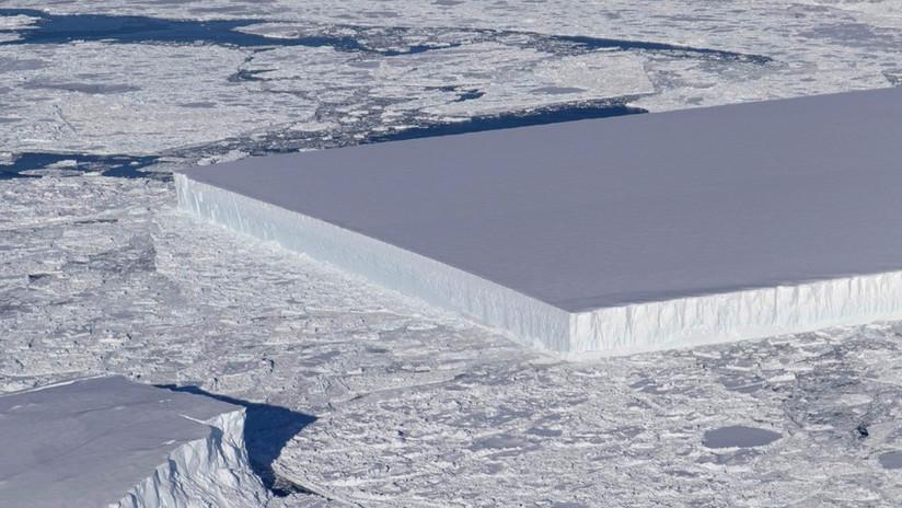 La NASA ubica un extraño iceberg perfectamente rectangular