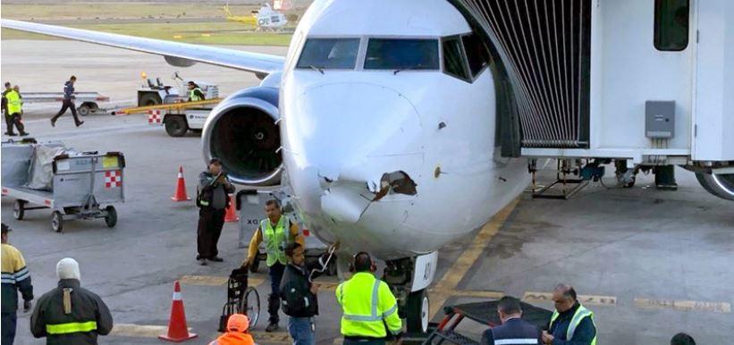 Dron impacta vuelo de Aeroméxico y abolla nariz del avión