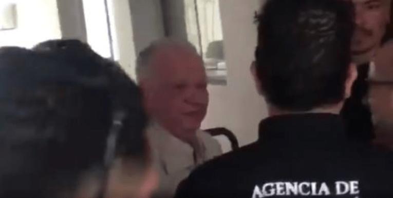 Andrés Granier sale de Tepepan para cumplir prisión domiciliaria en la CDMX