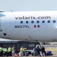 Volaris da vuelos a 1 dólar a centroamericanos que vuelvan a casa