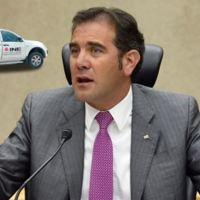Desaparecen 320 automóviles al servicio del INE