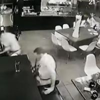 Capturan a tres por el ataque en un bar de Uruapan (VIDEO)