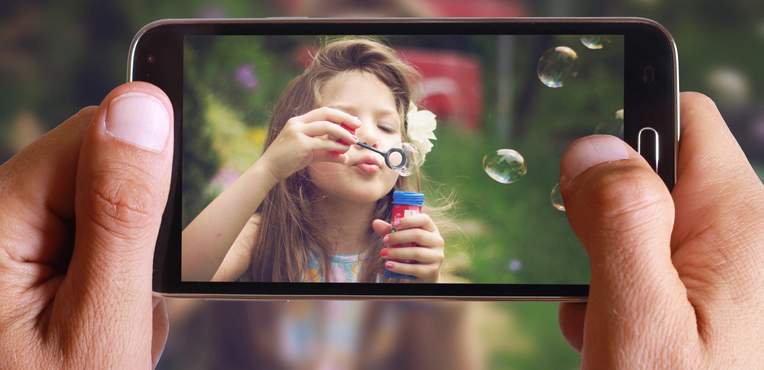 स्मार्टफोनबाट राम्रो फोटो कसरी खिच्ने ? जान्नुहाेस् यी टिप्स्
