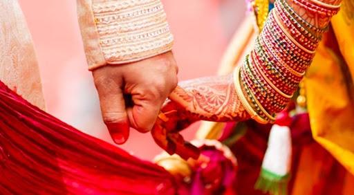 कुन राशिका मानिसले कति उमेरमा विवाह गर्ने ? जान्नुहाेस्