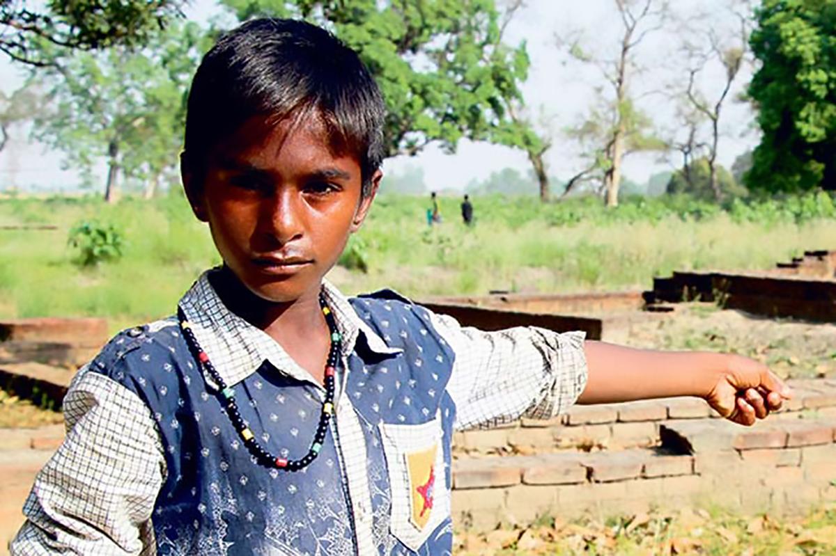 दर्जन बढी भाषा बोल्ने १३ वर्षीय पर्यटक गाइड राहुल कहाँ गायब भए ?