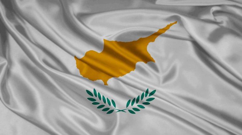 cyprus-flag-cyprus-silk-fabric-white-silk-texture