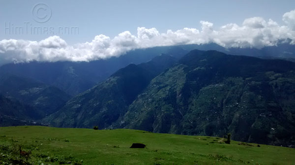 Panormic view of meadows at Bijli Mahadev Kully Valley.jpg