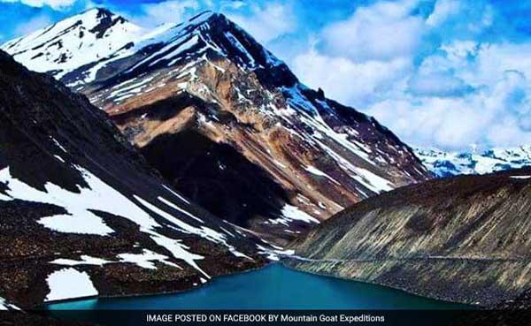himachal-pradesh-suraj-lake-glacial