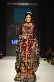 Zainab Chottani FPW15 (5)