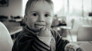 赤ちゃん 歯磨き 嫌がる 10カ月