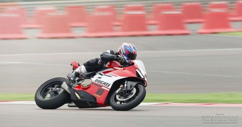 Ducati Panigale V4 1 (1)