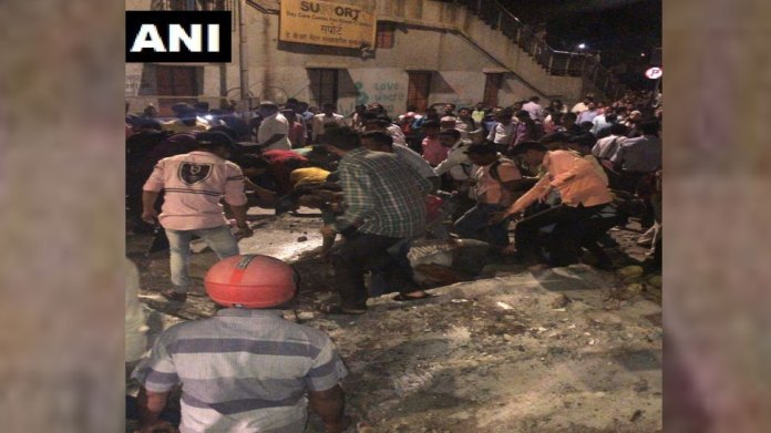 CST, railway station, मुंबई पुल हादसा, CSMT, CSMT station, Mumbai collapsed